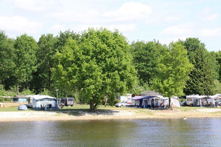Comfort kampeerplaats op tienercamping met 5 sterren
