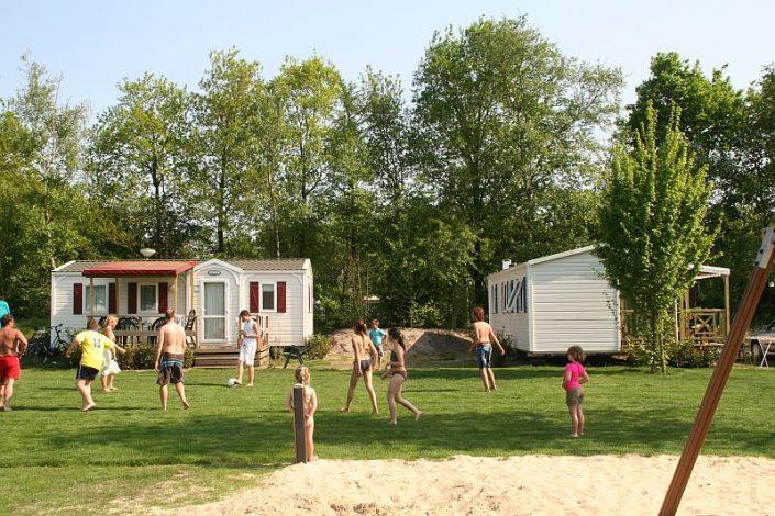 Chalet huren op 5 sterren tienercamping in Overijssel