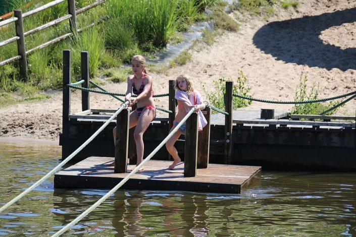 Strandvakantie op tienercamping met 5 sterren in Overijssel