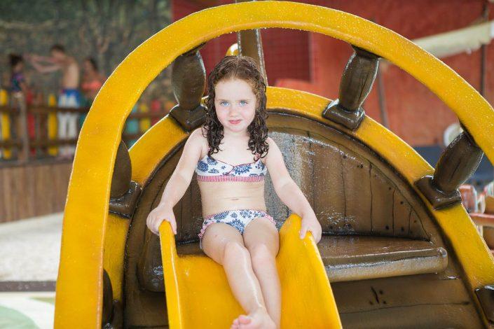 Tienercamping met overdekt zwembad