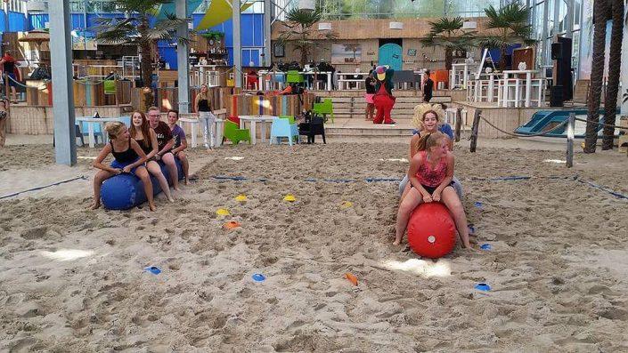 Camping met jongeren voor een verrassende strandvakantie in Overijssel
