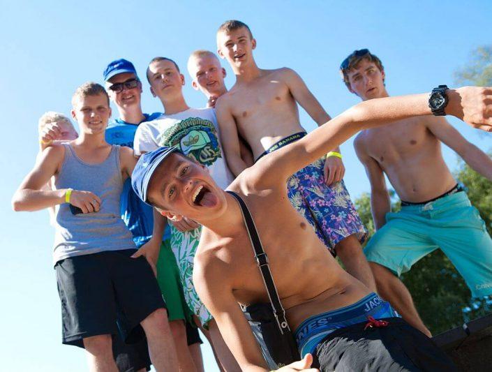 Camping met pubers: een unieke vakantie op 5 sterren camping